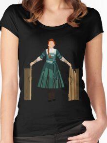 Winnie V2 Women's Fitted Scoop T-Shirt