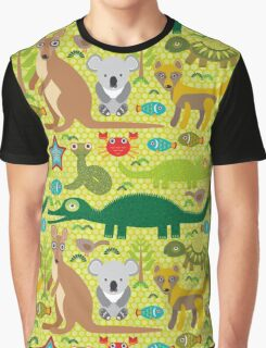 Australian animals on green background Graphic T-Shirt