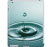 Green Circle - Water Drop iPad Case/Skin