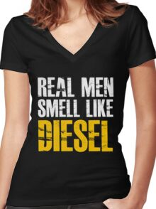 Diesel Mechanic Women's Fitted V-Neck T-Shirt