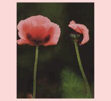 Couple Pink Oriental Poppies  Kids Tee