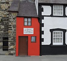 Smallest House in Great Britain by CreativeEm