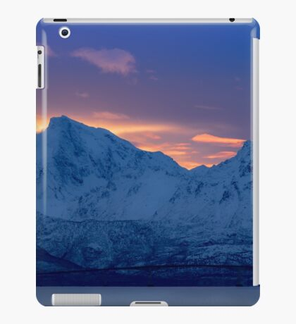 Arctic Sundown iPad Case/Skin