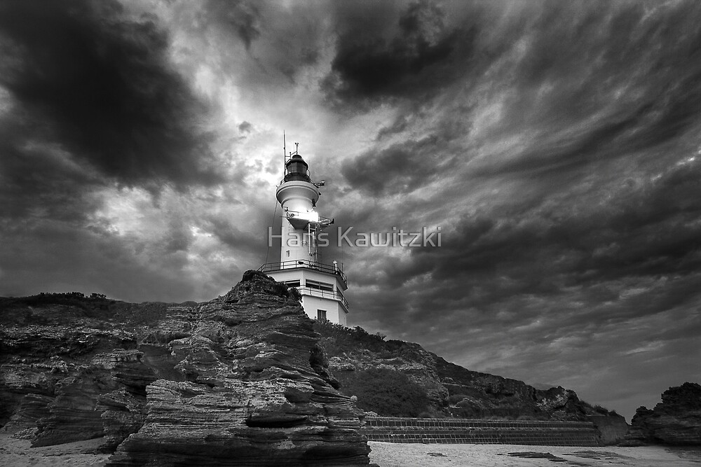 The Lighthouse - Pt Lonsdale by Hans Kawitzki