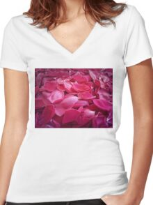 petals Women's Fitted V-Neck T-Shirt