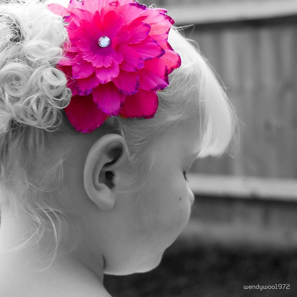 pretty pink flower by wendywoo1972