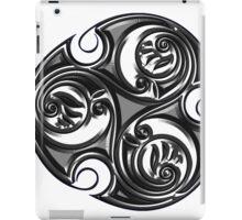 Triskele Shield-Silver iPad Case/Skin