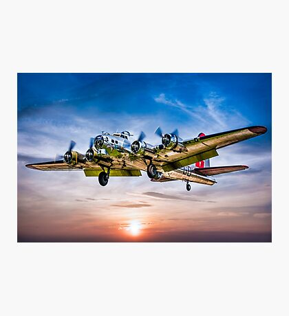 """Boeing B-17G Flying Fortress """"Yankee Lady"""" Photographic Print"""