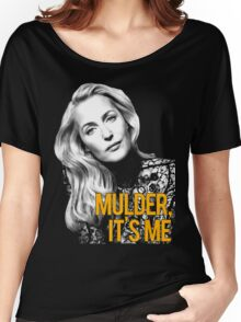 GILLIAN ANDERSON Women's Relaxed Fit T-Shirt
