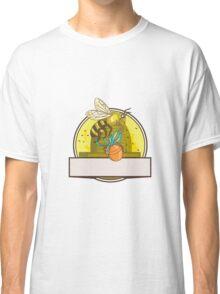 Bee Carrying Honey Pot Skep Circle Drawing Classic T-Shirt