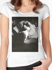 Warming Cat Women's Fitted Scoop T-Shirt