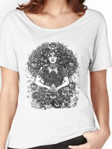 Divine Mother Gea Tree / BW Women's Relaxed Fit T-Shirt
