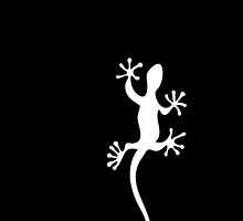 One white gecko Tee by Gudrun Eckleben