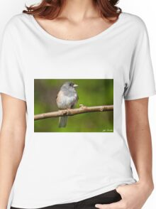 Dark Eyed Junco Perched on a Branch Women's Relaxed Fit T-Shirt
