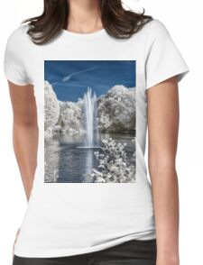Fountain in Infrared Womens Fitted T-Shirt