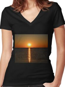 Green Bay postcard sunset - 1 Women's Fitted V-Neck T-Shirt