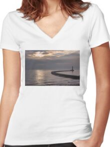 Roker Pier Sunderland Women's Fitted V-Neck T-Shirt