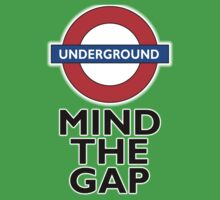TUBE, London, Underground, Mind the gap, BRITISH, BRITAIN, UK, English,on WHITE Kids Tee