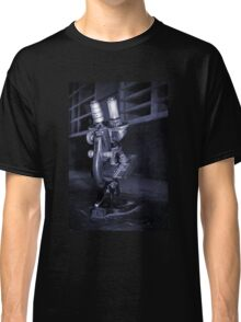 Old Microscope Classic T-Shirt