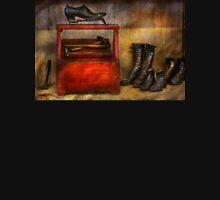 Cobbler - Life of the cobbler Unisex T-Shirt