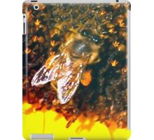 Bee up close iPad Case/Skin