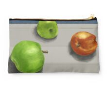 apples Studio Pouch