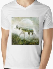 Wolf Mountain Mens V-Neck T-Shirt