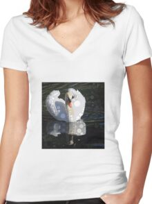 circled swan Women's Fitted V-Neck T-Shirt