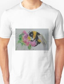 Bumble bee and pink flower Unisex T-Shirt