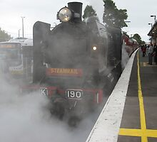 Kclass Loco - coming into Berwick Station by glennmp