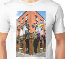 The Quays Bar - Dublin Ireland Unisex T-Shirt