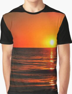 Bright Skies - Sunset Art Graphic T-Shirt