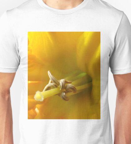 daffodil stamen T-Shirt