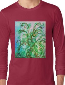 GREEN HEART WITH  WHIMSICAL FLOURISHES Long Sleeve T-Shirt