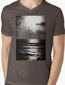 California Beach Mens V-Neck T-Shirt