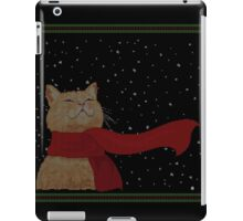Tabby loves Snow (Knitted-version) iPad Case/Skin
