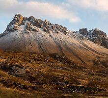 Mountain of Stac Pollaidh by derekbeattie