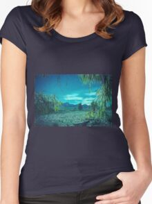 Blue Hills Women's Fitted Scoop T-Shirt