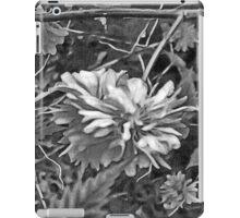Floral #10 in Black & White iPad Case/Skin