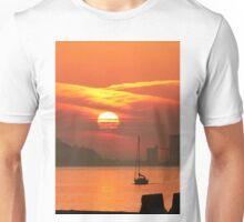 Sunset. Rio Tejo. Lisboa Unisex T-Shirt