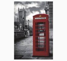 London: Red Phone Booth Kids Tee