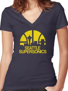 SEATTLE SUPERSONICS BASKETBALL RETRO Women's Fitted V-Neck T-Shirt