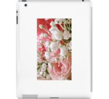 Roses and Babies Breath iPad Case/Skin