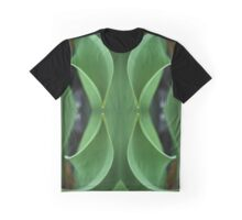 Curving Iris Leaves Graphic T-Shirt