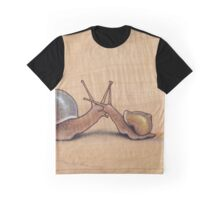 Snail Kiss (red/green) Graphic T-Shirt