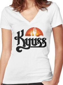 Kyuss Black Widow Stoner Rock Queens Of The Stone Age Clutch  Women's Fitted V-Neck T-Shirt