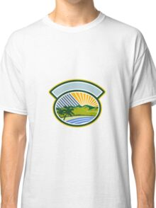 Tropical Trees Mountains Sea Coast Oval Retro Classic T-Shirt
