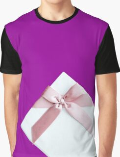 White Gift Box With Pink Bow Graphic T-Shirt
