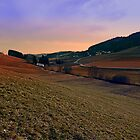 Beautiful valley scenery in the evening | landscape photography by Patrick Jobst