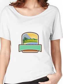 Tropical Trees Mountains Sea Coast Crest Retro Women's Relaxed Fit T-Shirt